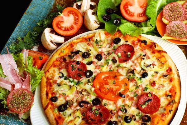 Pizza Mexicana cu pui
